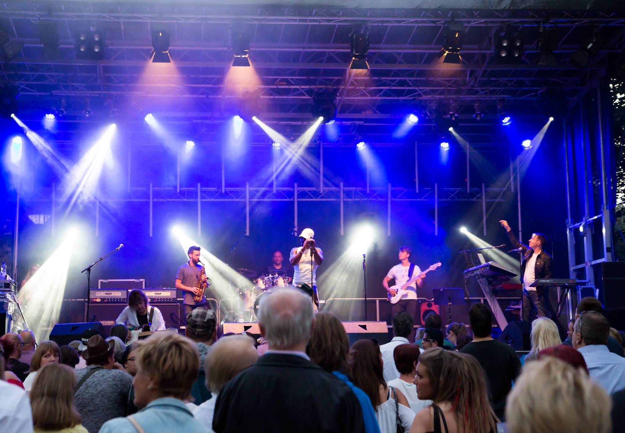 14053754_1651344601860426_6848605784538028508_o Live-Band für Event, Messe, Gala, Show